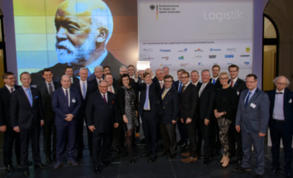 Gottlieb Daimler inducted at ceremony in Federal Transport Ministry